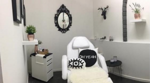 Eyelash Extensions Salon